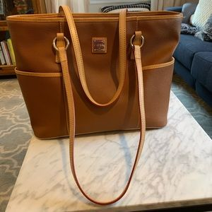 Dooney & Bourke Leather tote bag